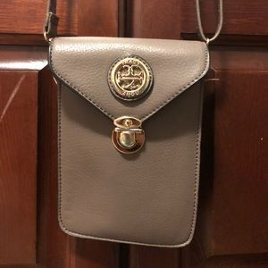 Bags - Tan crossbody
